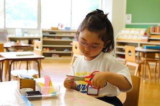 カリタス幼稚園のモンテッソーリ活動の様子