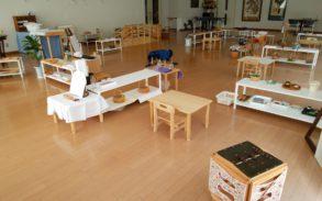 モンテッソーリ教育の日常生活の練習の教室